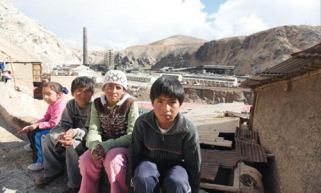 En caso Doe Run pierda el juicio para indemnizar a los niños contaminados por La Oroya, Ira Rennert ha previsto que el pago lo haga el Estado peruano.