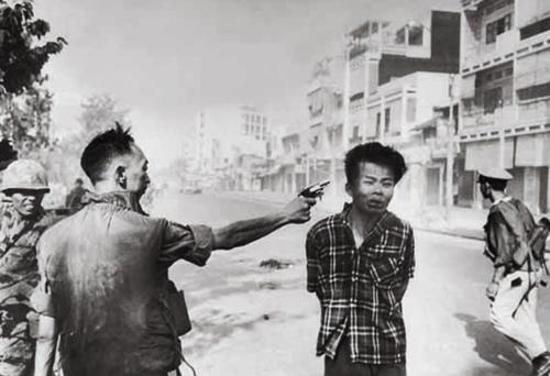Ejecución de un miembro del Vietcong