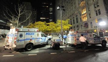 Brutalidad contra indignados en Wall Street. Foto: AFP